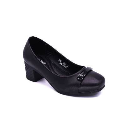PUMP SHOES black